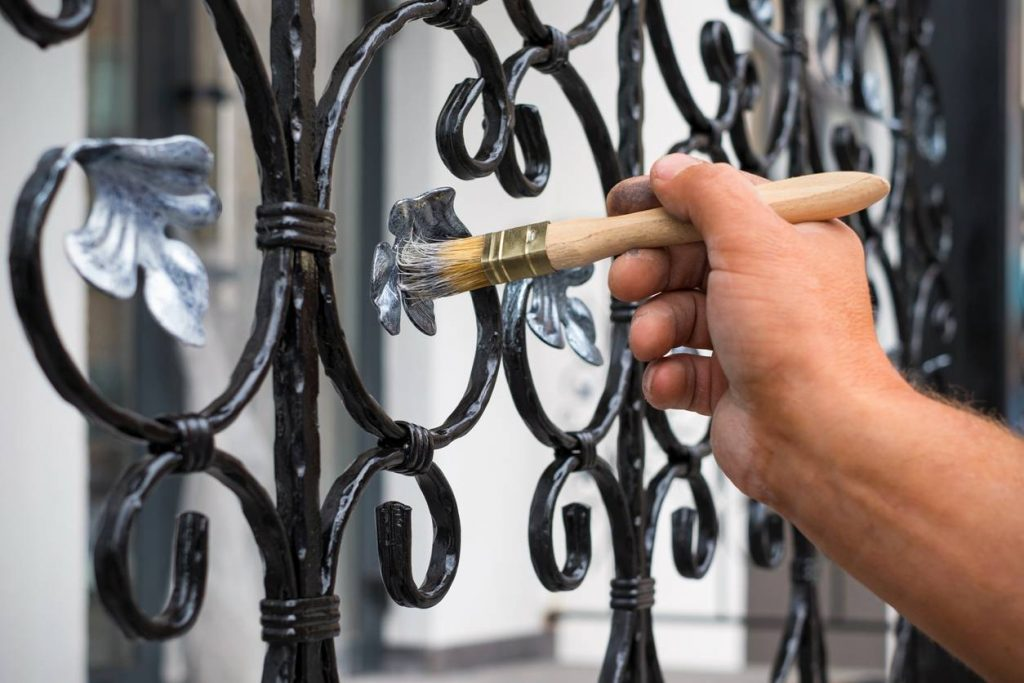Comment Peindre Une Surface En Metal Renovation Utile